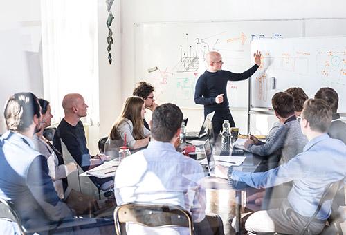 Effektive Teamentscheide – Wie Führungskräfte Groupthink vermeiden