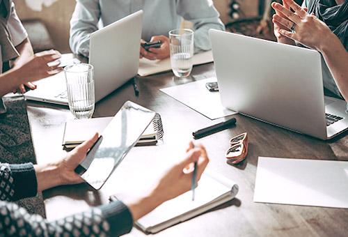 Psychologische Grundlagen in der Führung virtueller Teams
